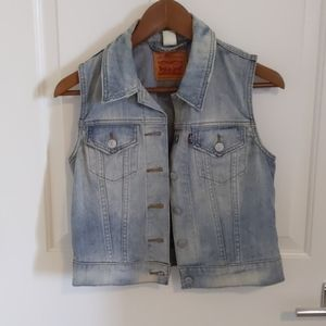 Levi's denim vest (size small)
